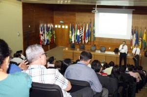 A reunião foi realizada no auditório da Corte de Contas