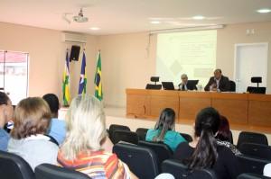 Instrutor do seminário, o secretário regional de Porto Velho, Moisés Rodrigues, destacou a importância da atuação dos conselheiros municipais para a boa aplicação dos recursos do Fundeb