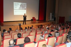 O diretor executivo da Dom Cabral, Roberto Sagot, durante o evento desta sexta-feira
