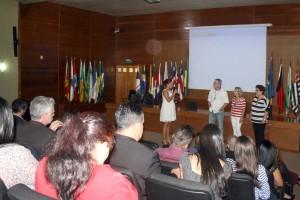 A secretária de Gestão de Pessoas, Camila Cristóvam, na homenagem aos servidores que aderiram ao PAI