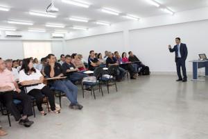 Oficina sobre orçamento público ministrada pelo conselheiro-substituto Omar Dias
