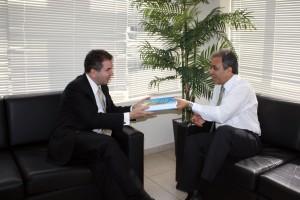 Jacoby Fernandes foi recebido pelo conselheiro presidente Edilson de Sousa