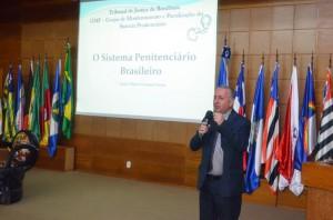 O juiz Sérgio William ministrou palestra sobre o sistema penitenciário brasileiro