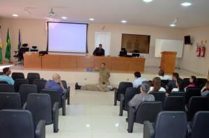 Orientações sobre primeiros socorros foram repassadas pelos bombeiros militares na Regional de Vilhena
