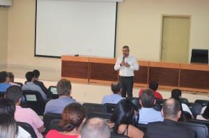 Prefeito de Ariquemes, Thiago Flores, em sua apresentação no Profaz