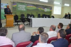 O governador Confúcio Moura falou da importância de os municípios abraçarem o Profaz, para que o programa dê bons frutos