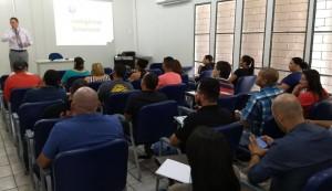 """O instrutor Rogério Garbin iniciou as atividades com a disciplina """"Coaching em Inteligência Emocional """""""