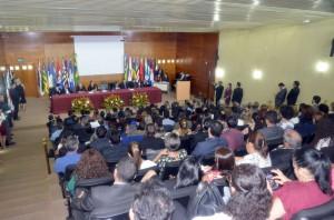 Autoridades civis, militares e religiosas prestigiaram a sessão especial de posse do TCE e do MPC, realizada nesta terça-feira