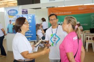 Servidores da Ouvidoria em abordagem aos participantes da Ação Global