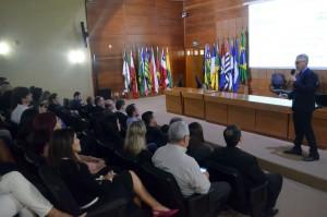 O secretário Marcelo Rech citou alguns dos benefícios da implementação do SEI para o Tribunal