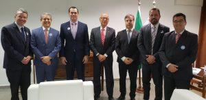 Representantes dos TCs com o senador Espiridião Amin