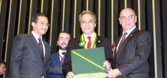 TCE-RO é homenageado pela Câmara dos Deputados com Medalha do Mérito Legislativo
